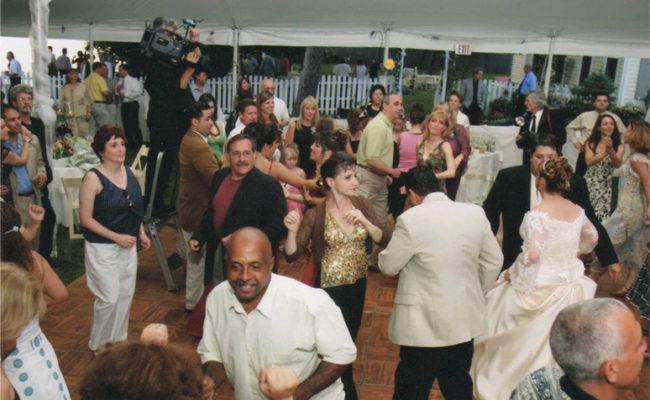 Wedding-dancing-under-tent